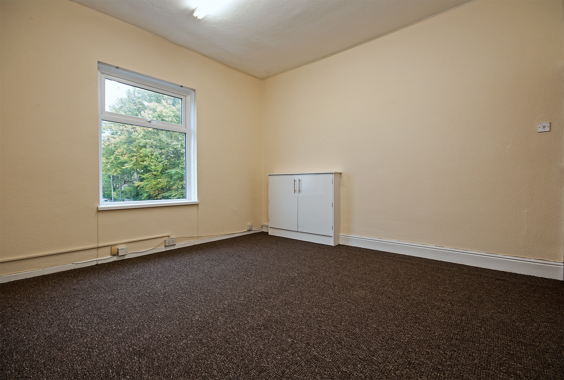 buxton rd 352A great moor stockport  office 2.jpg