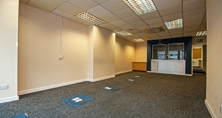 high st 73 cheadle sales area  1.jpg
