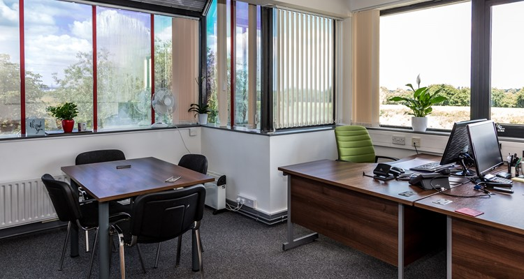 river lane, viscount hse, saltney, office int 2.jpg