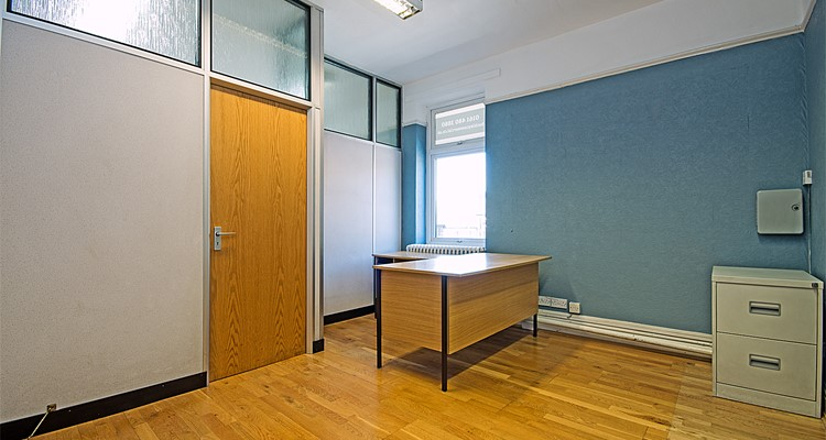 norbury st 2-6  stockport front suite reception.jpg