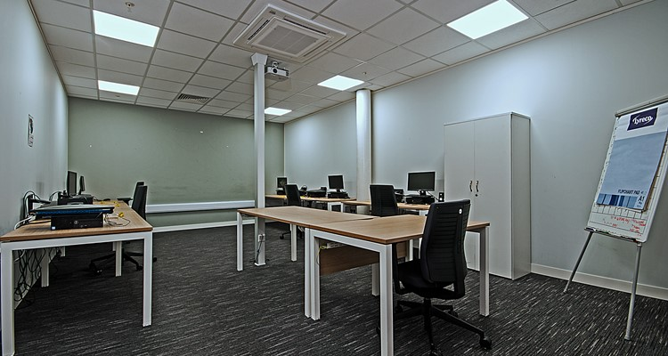 pear mill ut C1 lower bredbury stockport training room 3.jpg