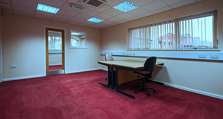shawcross st ut3 crown royal ind est stockport office 3.jpg