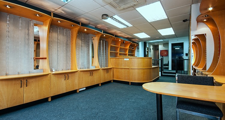 st petersgate 46 stockport sales  area 1.jpg (1)