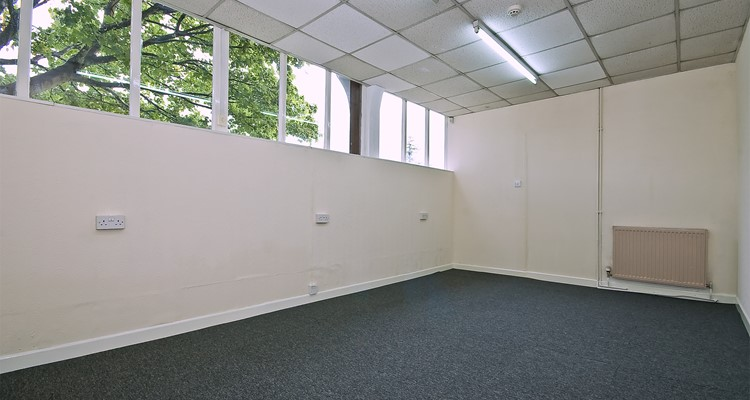 stuart rd ut6 expodite works bredbury second office.jpg